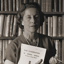 African women freedom fighters : Helen Suzman